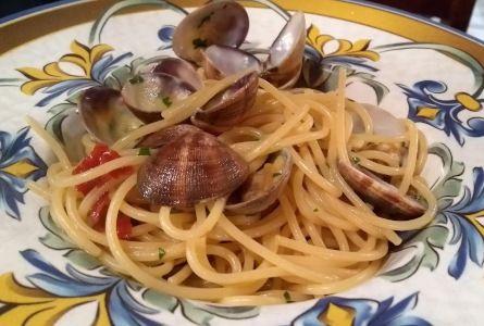 Caffè Concerto - spaghetti alle vongole e colatura di alici